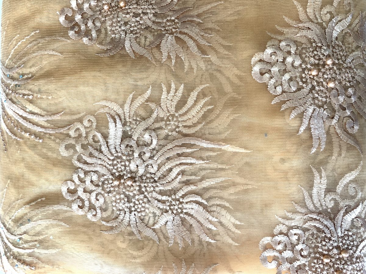 (5) Yards Gold Lace fabric, High quality beading, African Clothing 2